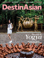 Cover Majalah DestinAsian Indonesia November–Desember 2015
