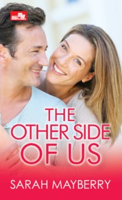 Cover CR: The Other Side of Us oleh Sarah Mayberry
